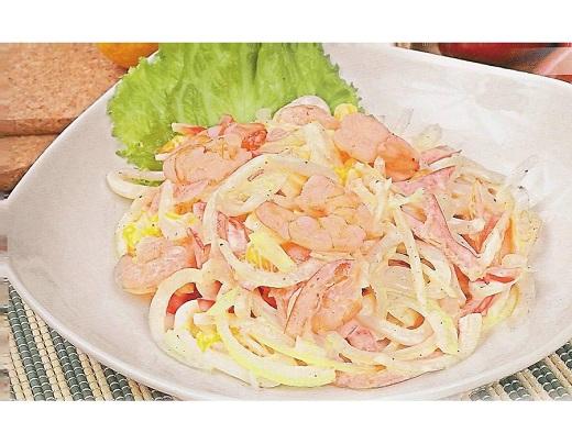 Салат из кальмаров и помидоров