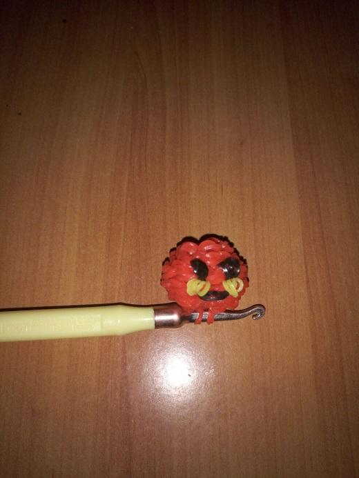 Скидывание вишни на крючок