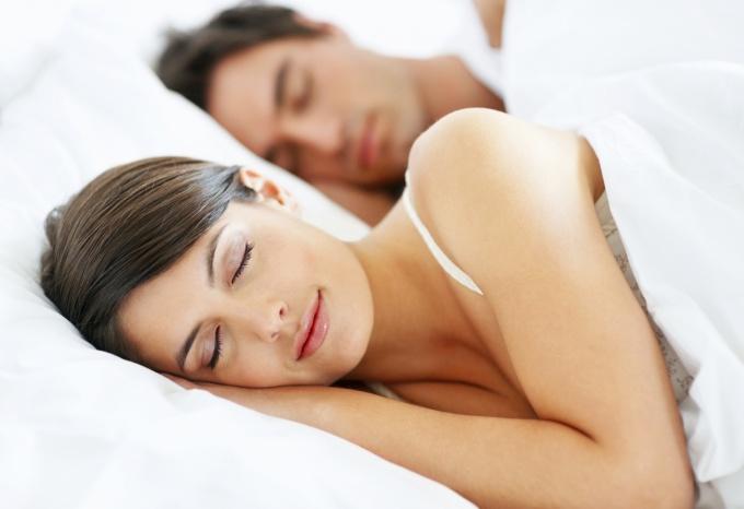 почему нельзя фотографировать человека спящим