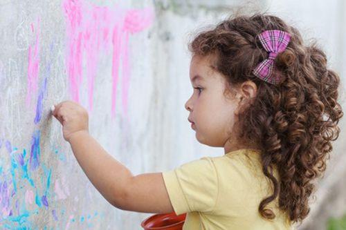 Как научить ребенка занимать себя самостоятельно