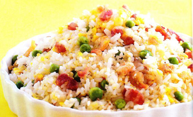Салат из риса со сладким перцем по-болгарски