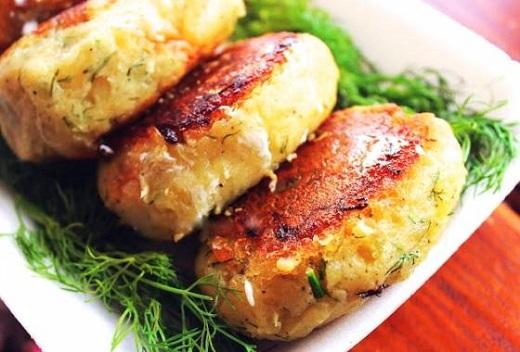 Зразы из картофеля, грибов и фарша