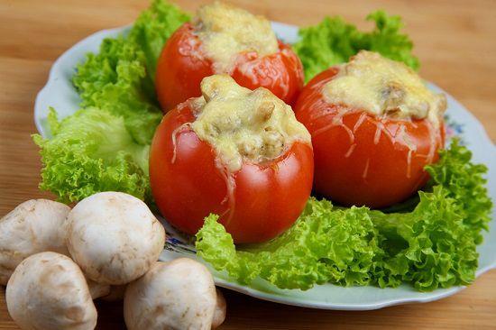 Фаршированные помидоры с курицей