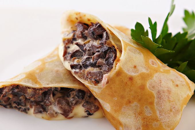 "Pancakes with mushrooms ""Forest picnic"""