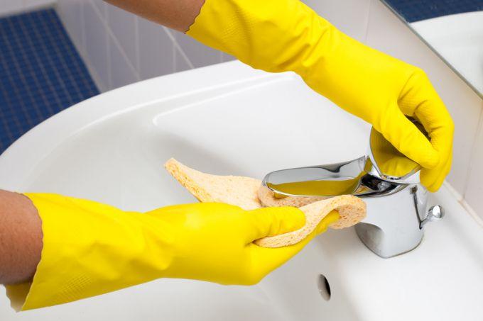 Чистота в вашем доме: обзор дезинфицирующих средств