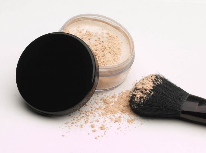 Transparent powder: recommended products