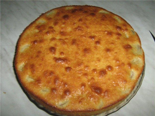 Cake with orange-banana filling