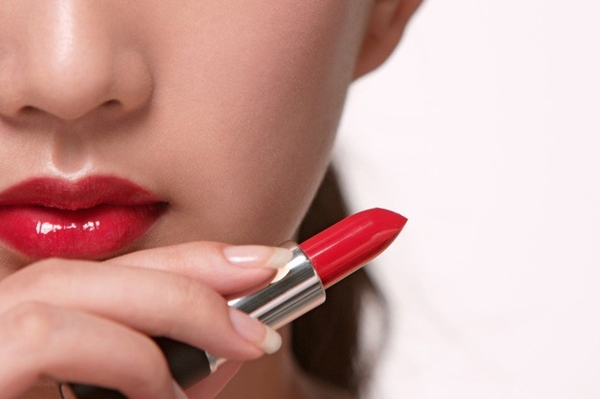 Correctly painted lips – the key to kissing