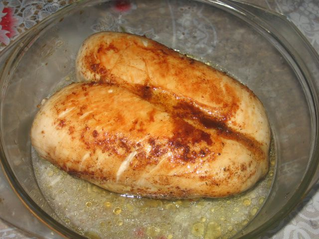 Dietetic chicken fillet in the oven