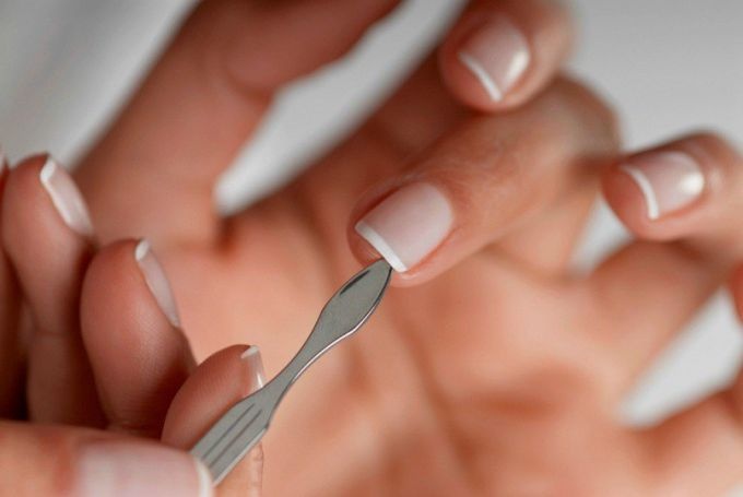 Basic rules of nail care