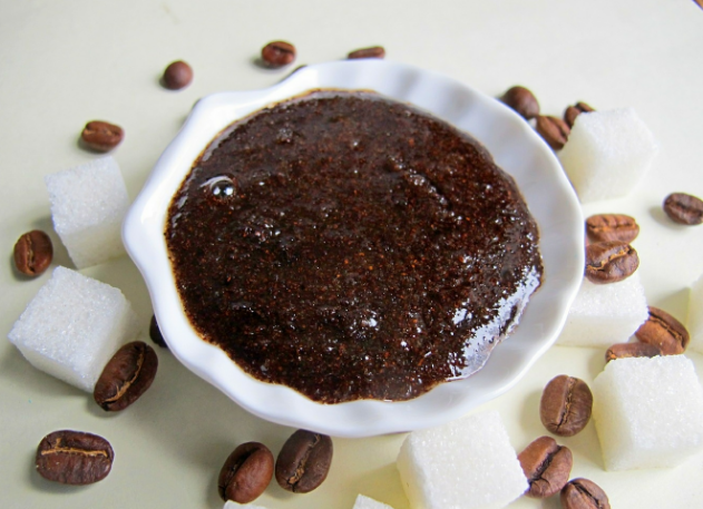 Как сделать скраб из кофейной гущи для ухода за телом