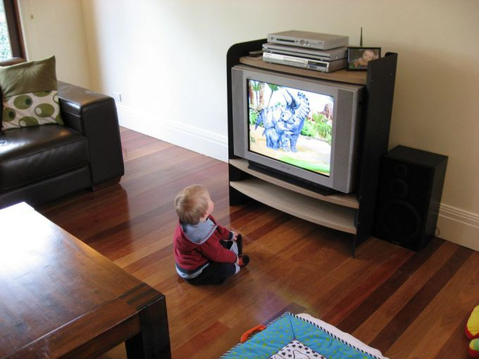 How TV affects child?