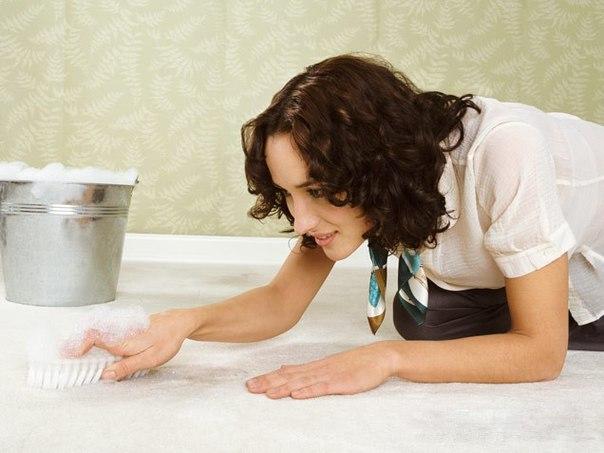 Как избавиться от пятнышек на ковре