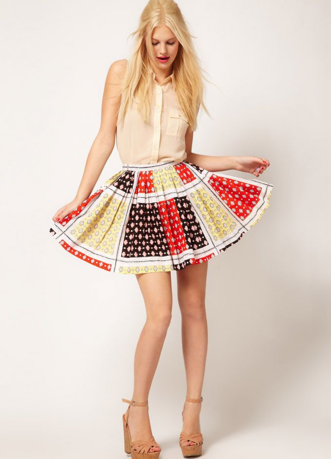 Summer skirts. Fashion trends
