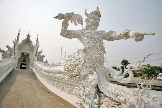 Удивительные современные Храмы Чианг Рая