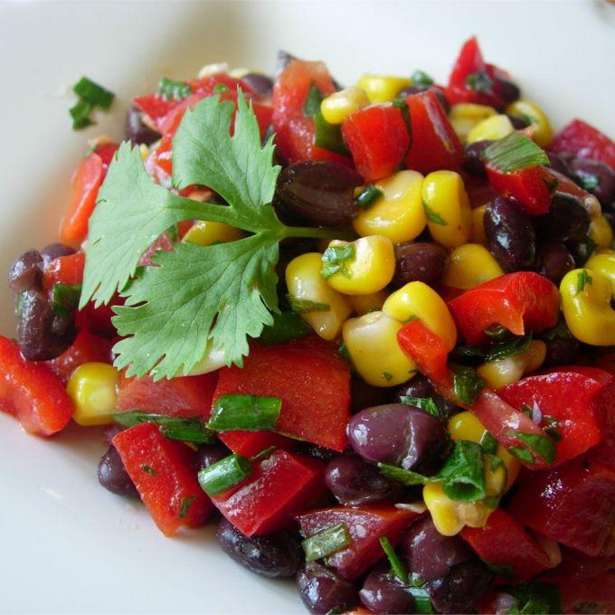 Салат из кукурузы фасоли