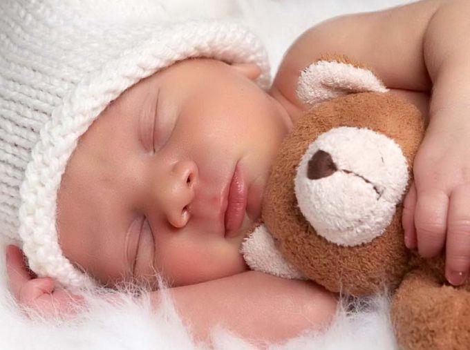 Как правильно ставить ударение в слове «новорожденный»