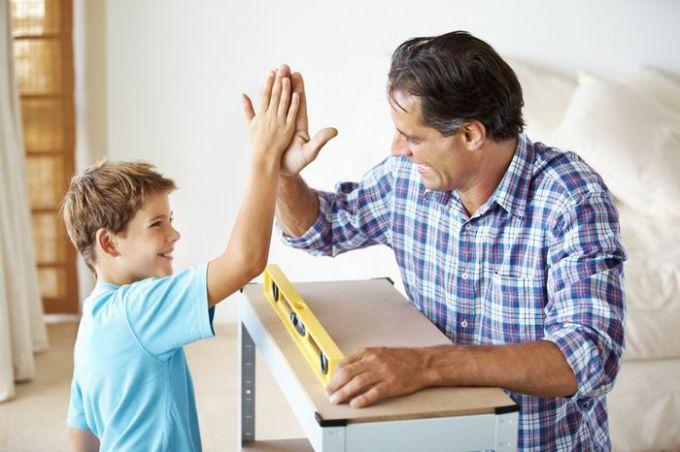 Зависит ли успех ребенка от того, как с ним говорят родители? успех ребенка заслуга родителей