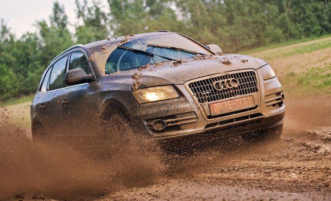 Как на авто выбраться из снега или грязи