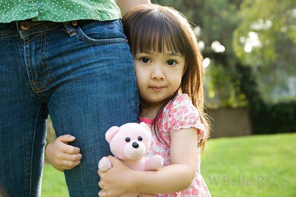 Застенчивый ребенок: плохо или хорошо? Отношения с детьми