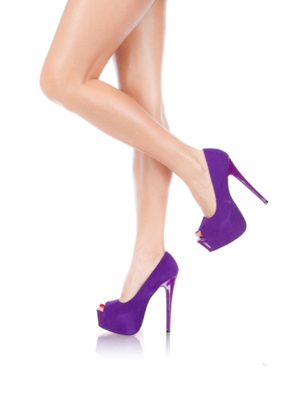 Pumps purple