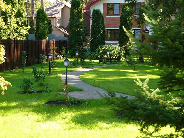 Small but udalenky garden