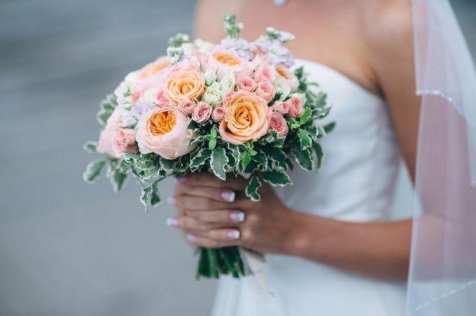 Модные букеты для дорогих невест
