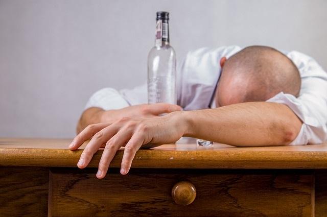 Как быстро помочь после запоя