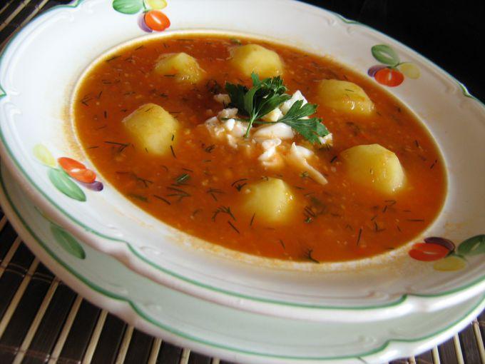 Суп с яйцами и соленым огурцом