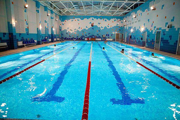 О чем стоит позаботиться перед походом в бассейн