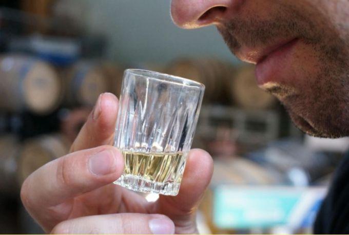 Как выбрать препараты для лечения алкоголизма, источник: morguefile.com