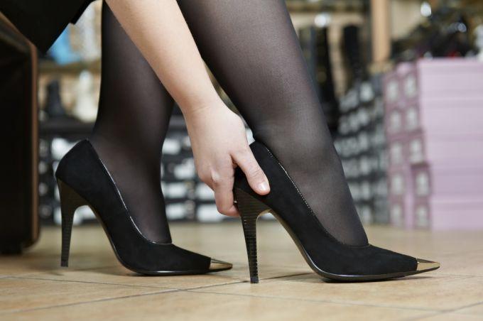 Есть способы растянуть обувь на размер больше в домашних условиях