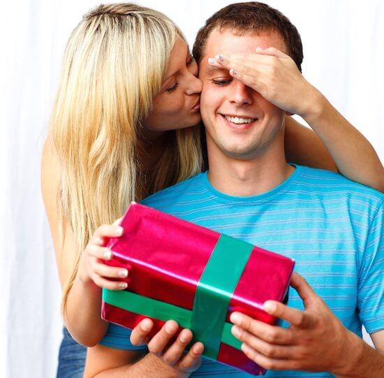 Какой подарок вручить мужу на 23 февраля