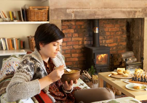 Зимой важно питаться так, чтобы сохранять тепло и поддерживать вес в норме
