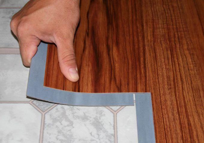 Как производится укладка виниловой плитки