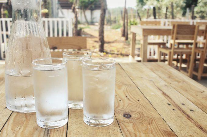 Мифы о водном балансе: как и сколько нужно пить воды
