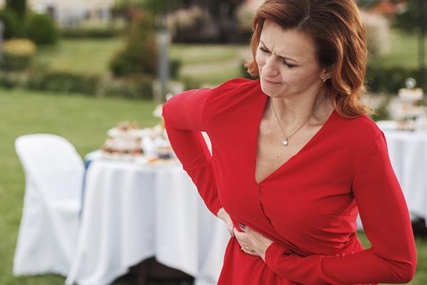 Какие симптомы говорят о проблемах с желчью и как их безопасно и эффективно снять
