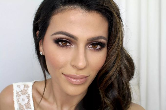 How to make a daytime make-up for the brown eyes