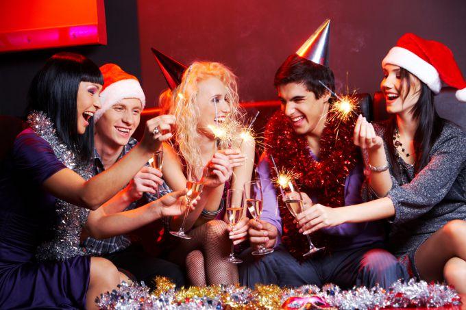 Какие интересные конкурсы и игры устроить на Новый год