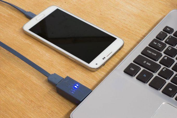 Узнайте, почему компьютер не видит телефон через USB