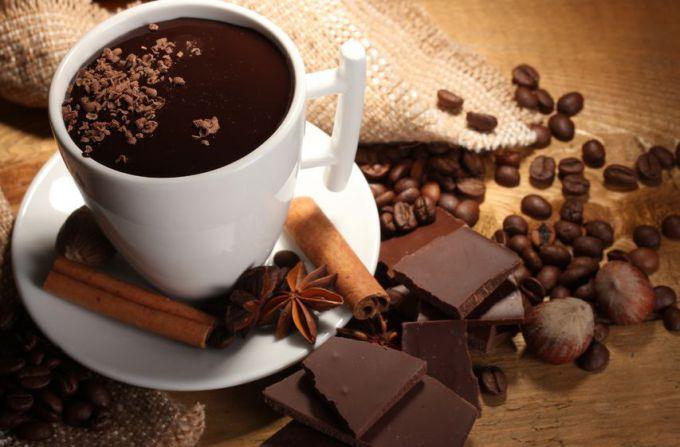 Какую пользу и вред несет кофеин