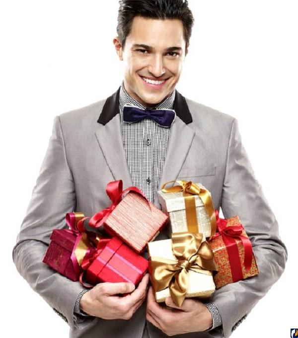 Какой подарок сделать жене или девушке на 8 марта