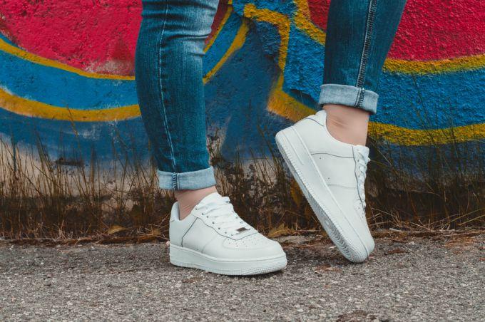 Как выбрать модную обувь c  толстой подошвой