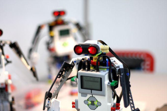 Как обучать детей робототехнике: этапы