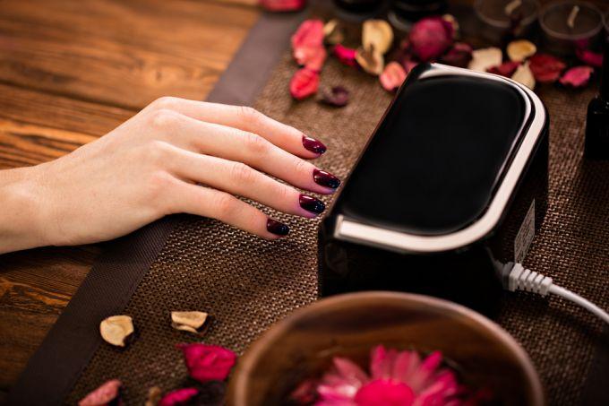 Что нужно для покрытия ногтей гель-лаком?