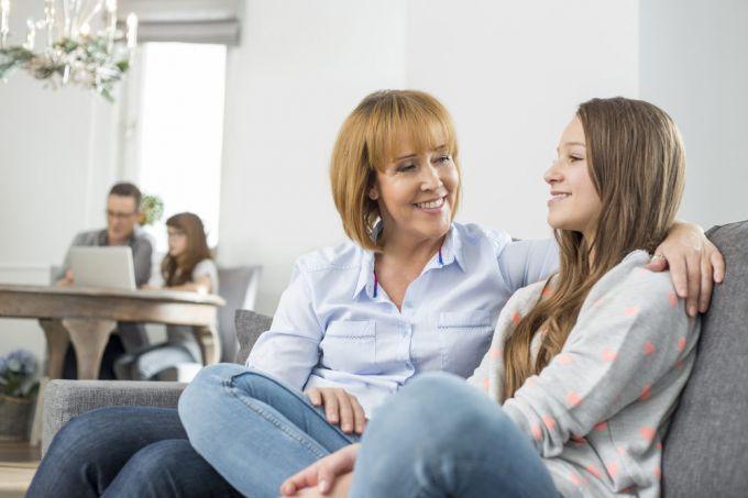 Как родителям общаться с подростком?
