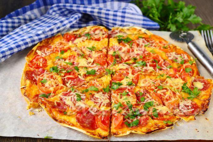 Как приготовить эконом-пиццу на лаваше