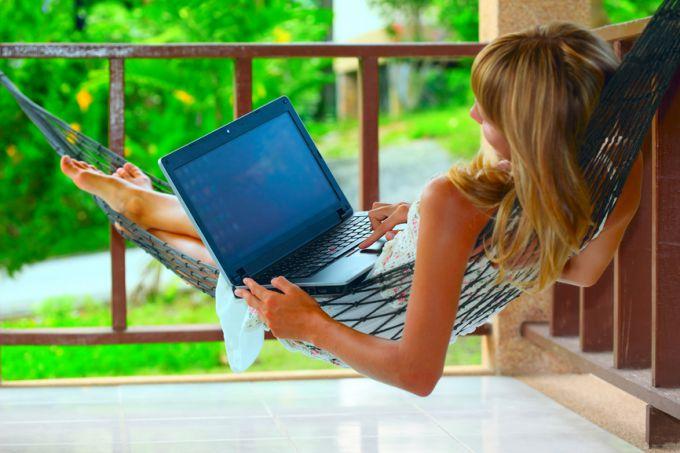 Как заставить себя сесть за работу дома
