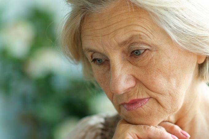 Недержание кала у женщин при деменции