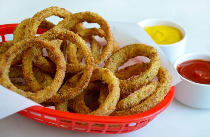 Домашний рецепт хрустящих чипсов из лука